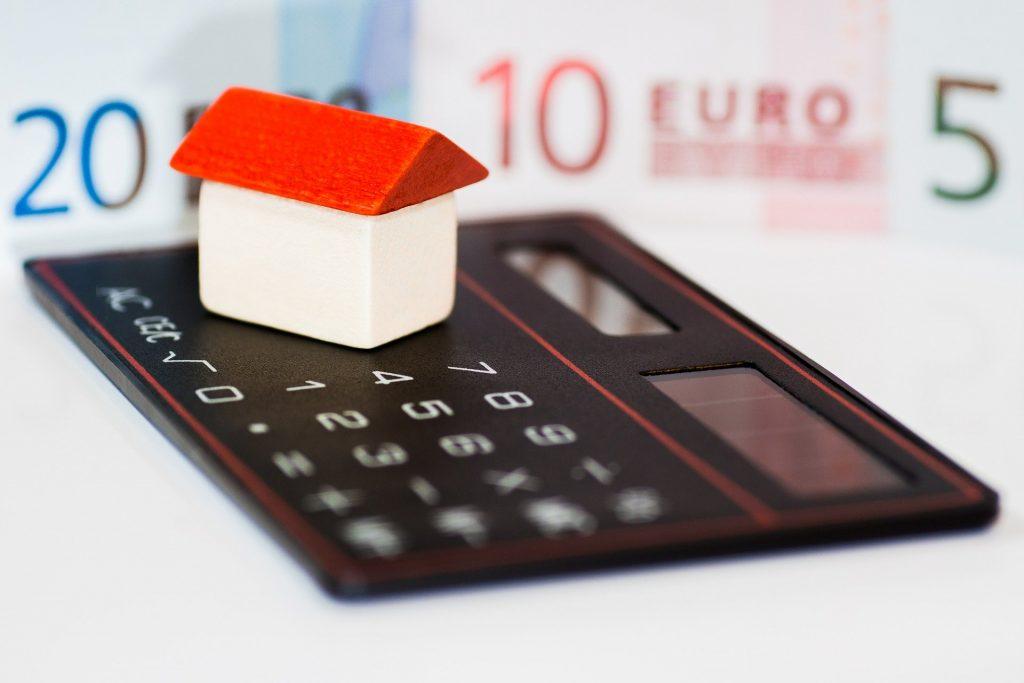 Finanzen und Schulden berechnen